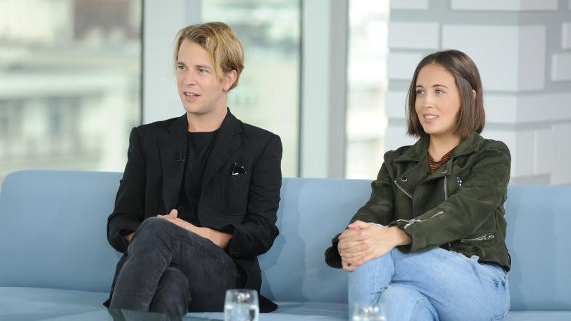 """Tom Odell feat. Alice Merton """"Half As Good As You"""""""