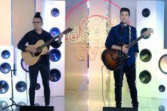"Andy Grammer z piosenką ""Don't Give Up on Me"" na scenie DDTVN"